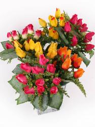 Букет бутонов роз с пенопластом 12 г. выс. 30 см