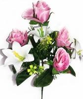 Букет бутонов роз с пластиковыми лилиями 7 г. выс. 36 см