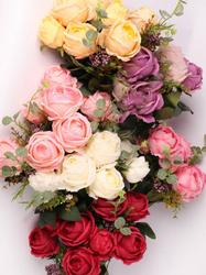 Букет флористических роз с бутонами и добавками 11 г. выс. 50 см