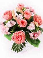 Букет камелий флористический с ягодами 12 г. выс. 41 см